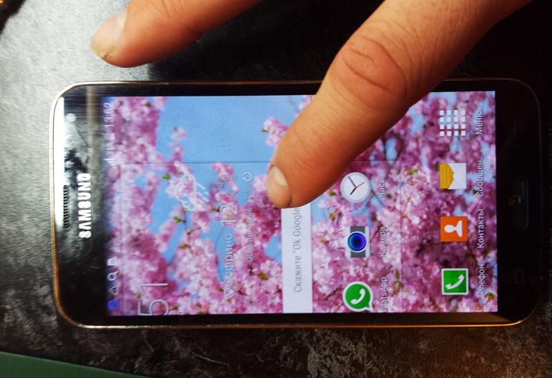 Обязательно проверяем дисплей со стеклом на работоспособность перед сборкой Samsung Galaxy s5