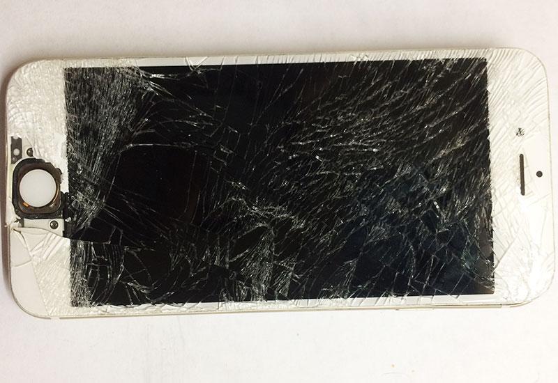 Вот таким он попал к нам ремонт для замены стекла